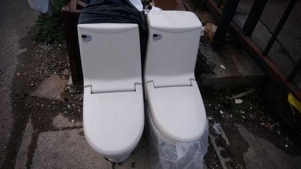 228 福岡古いトイレ1