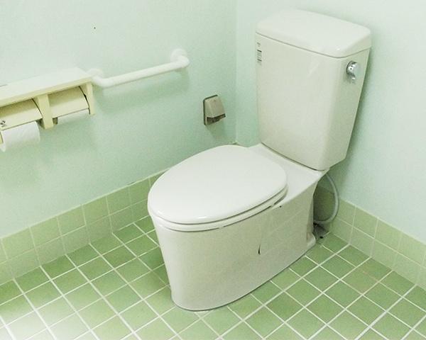 0624沖縄トイレ交換2-1