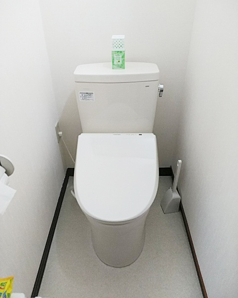 1129秋田 トイレ工事2-1
