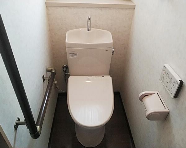 0331秋田 トイレ交換2-1