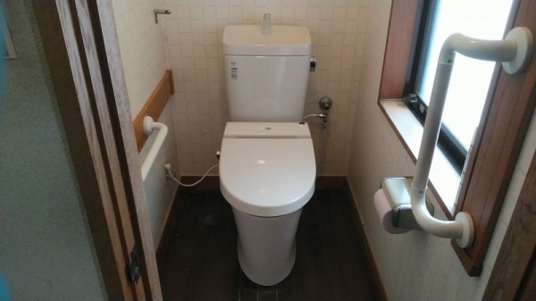 山形トイレ交換2