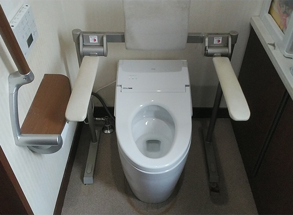 山形トイレ交換-1