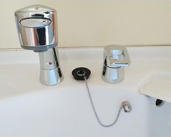 0831洗面台蛇口の交換-1